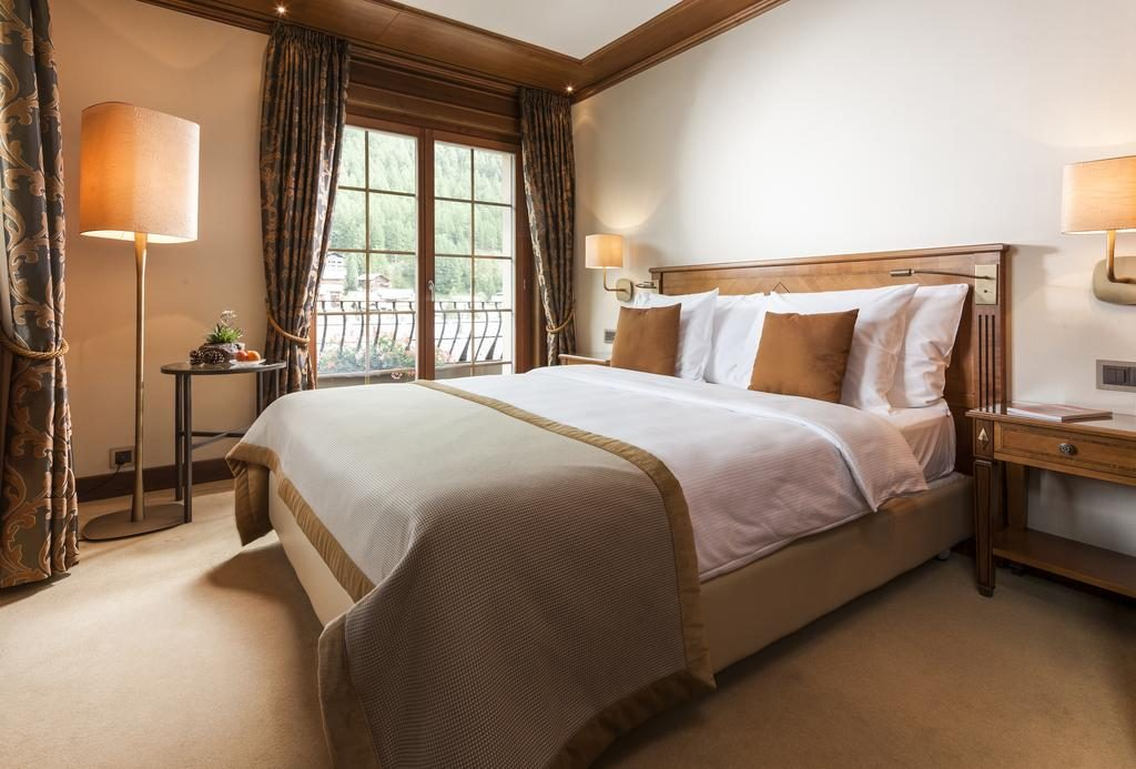 ec7037a84efa Grand Hotel Zermatterhof