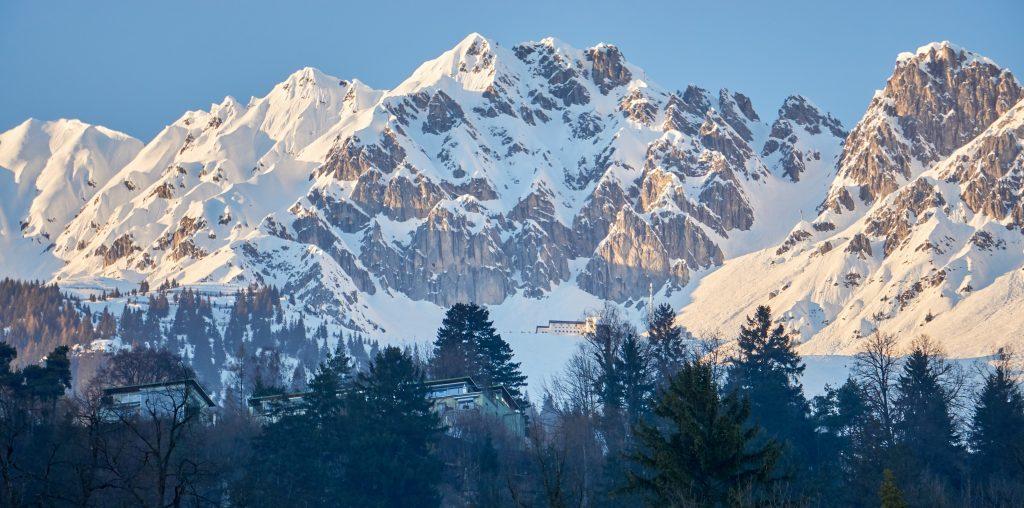 Skiing Innsbruck, Austria - Ski resort information and booking